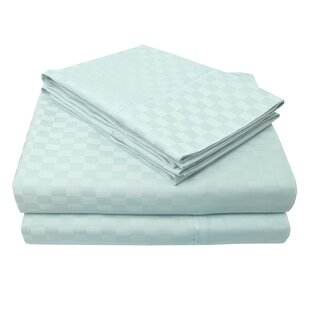 4 Piece 300 Thread Count 100% Egyptian-Quality Cotton Sheet Set by Simple Luxury Spacial Price