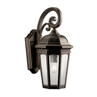 Affordable Price Courtyard 1-Light Outdoor Wall Lantern By Kichler