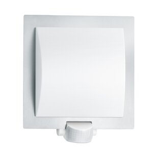 1 Light Outdoor Flush Mount With Motion Sensor By Steinel