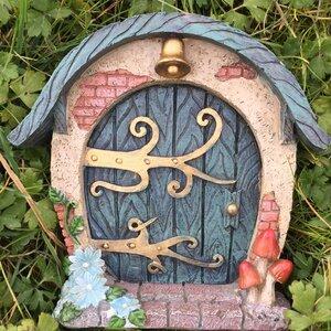 Round Woodland Cottage Fairy Door Elf Garden Decorative Statue