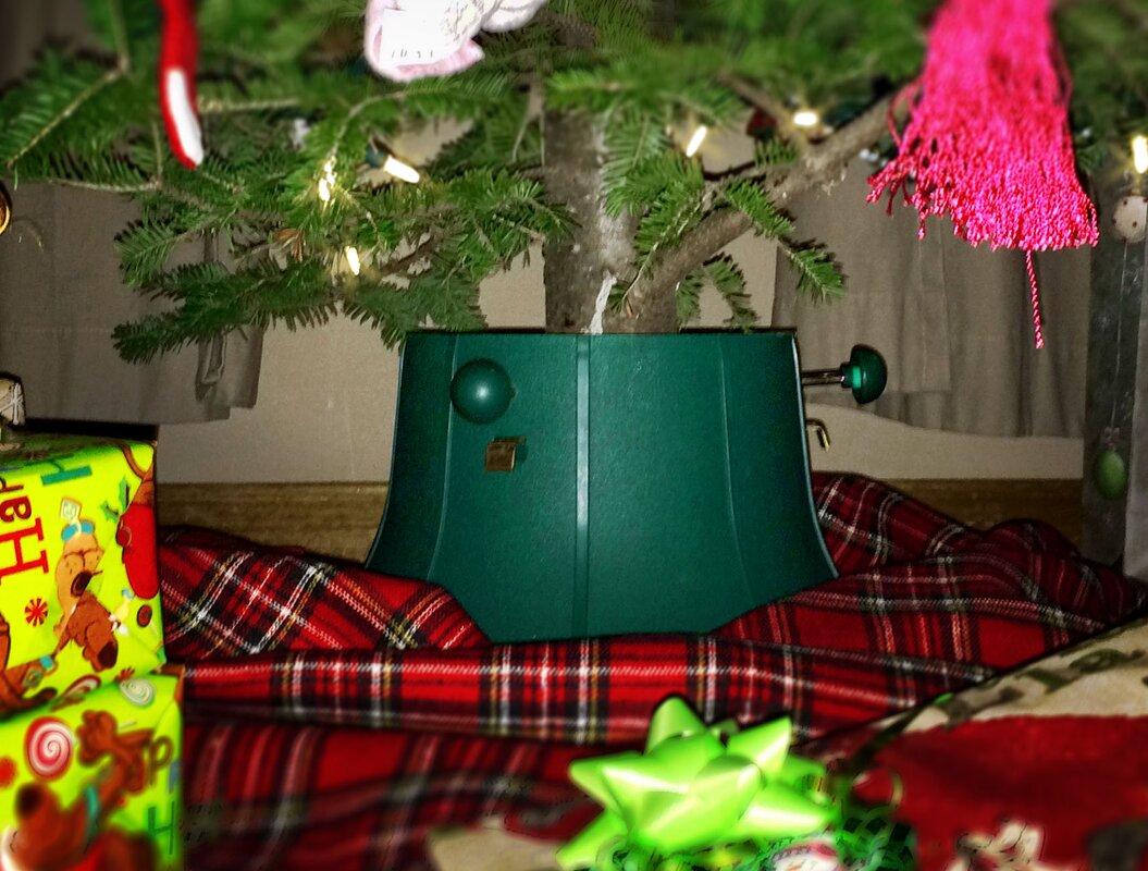 Aluminum Christmas Tree And Color Wheel - Silver Christmas Tree ...