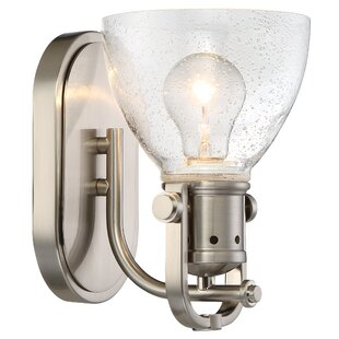 Hatter 1-Light Bath Sconce by Latitude Run