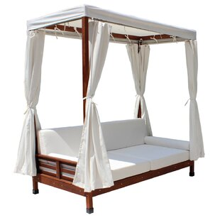 Daybed with Cushions by Leisure Season