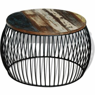 Review Navarrette Coffee Table