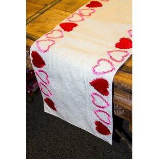 Dowdle Heart Cotton/Polyester Table Runner