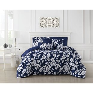 Bressyln Pinch Pleat Comforter Set