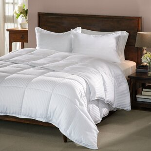 Superior Midweight Down Alternative Comforter