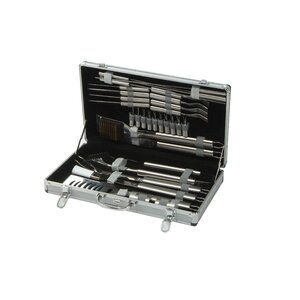 30 Piece Barbecue Tool Set