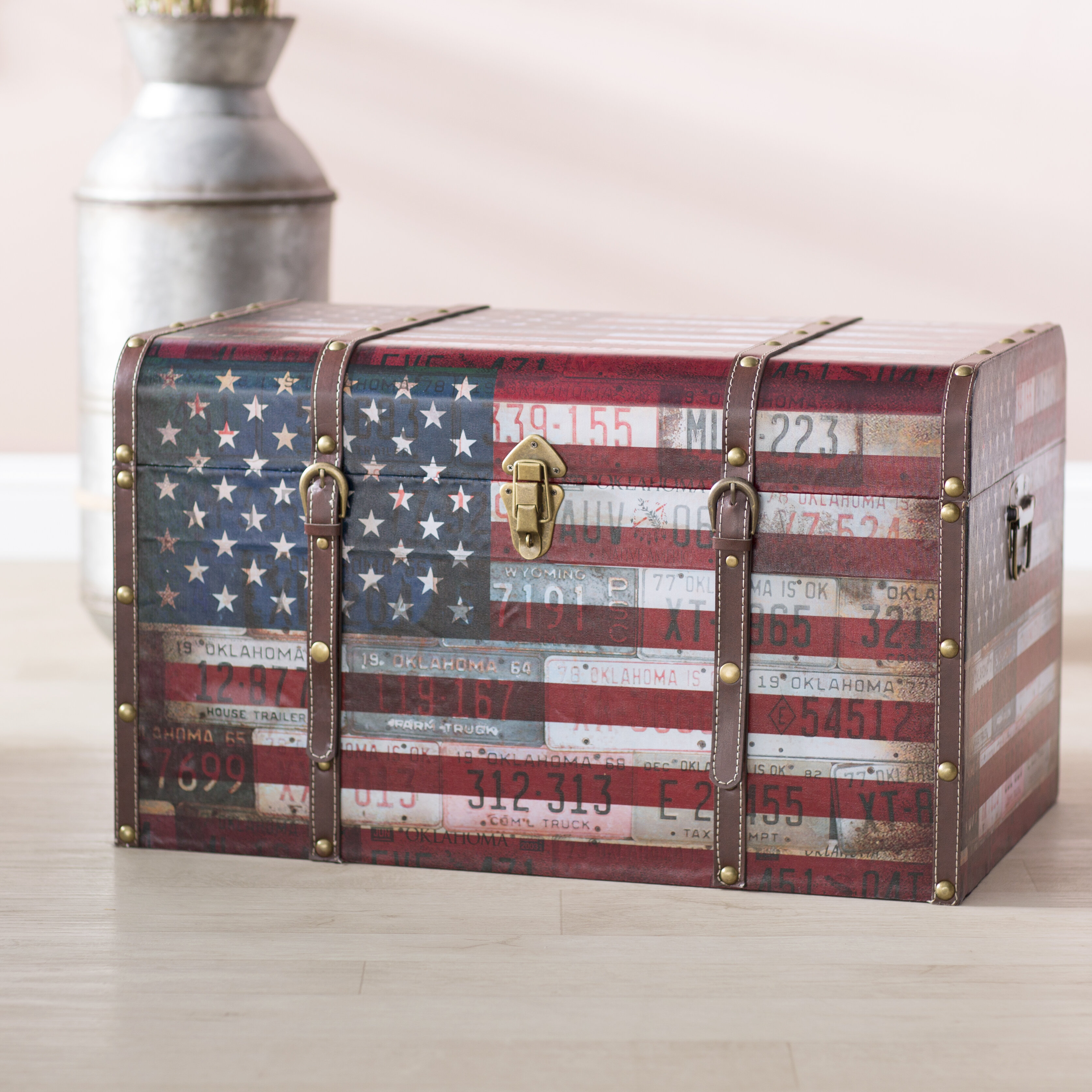 Picture of: Charlton Home Sumner Americana Decorative Home Storage Trunk Reviews Wayfair