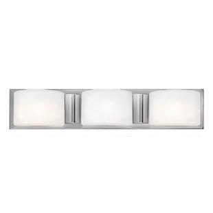 Hinkley Lighting Daria 3-Light Bath Bar