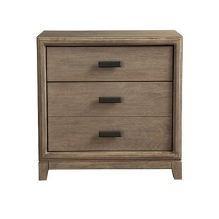 Arrigo 3 Drawer Nightstand by Gracie Oaks