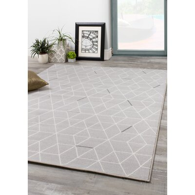 Novelle Home Intrepid Hexagon Lines Power Loomed Gray Area Rug Rug Size: 5'3 x 7'7