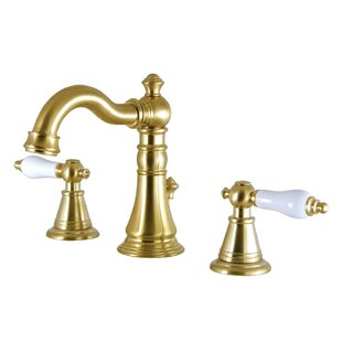 Kingston Brass English Classic Widespread Bathroom Faucet with Drain Assem..