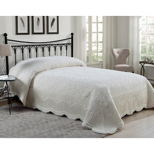 Greyleigh Middletown Quilted Plush Twin Bedspread