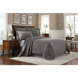 Royal Heritage Home Williamsburg Abby Coverlet