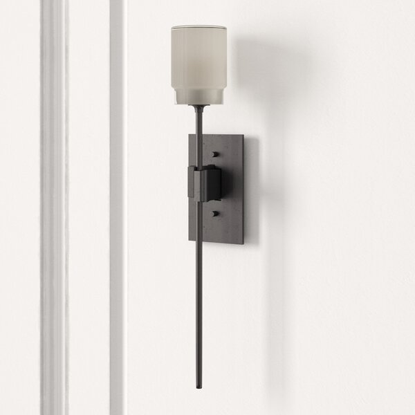Echo 1-Light Wallchiere by Hubbardton Forge