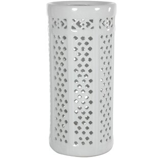 Bon Kelsey Carved Lattice Decorative Umbrella Stand