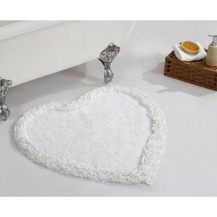 Gillett Heart Ruffle Bath Rug
