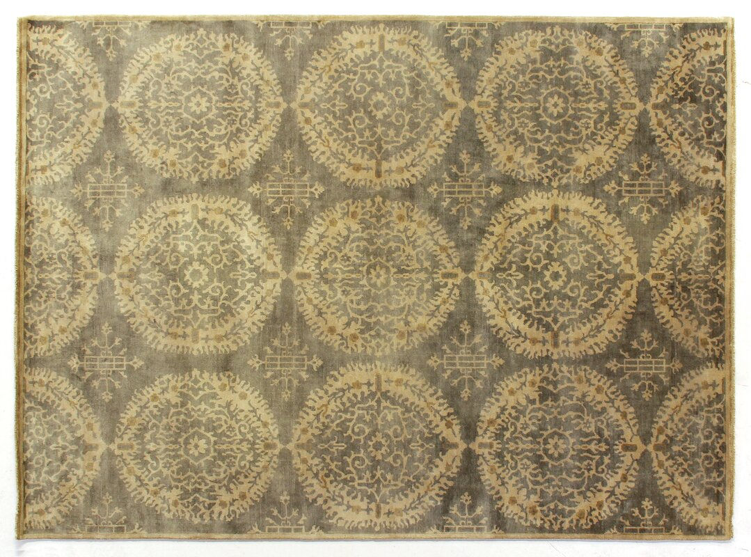 Fine Hand Knotted Wool Yellow/Gray Area Rug