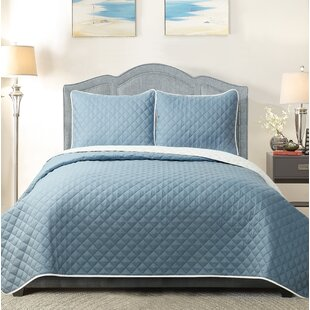 Milsap Reversible Quilt Set