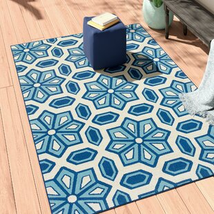 Eldridge Ivory/Blue Indoor/Outdoor Area Rug