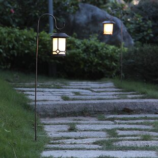 Classic Hanging Solar 1-Light Pathway Light (Set of 2)