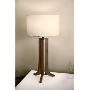 Forma 32 Tripod Table Lamp