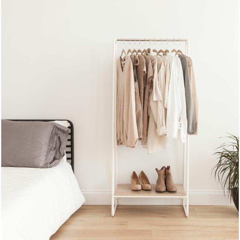 25.19 Garment Rack