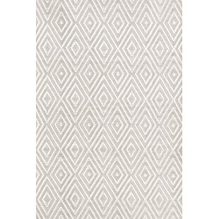 Diamond Hand-Woven Platinum/White Indoor/Outdoor Area Rug