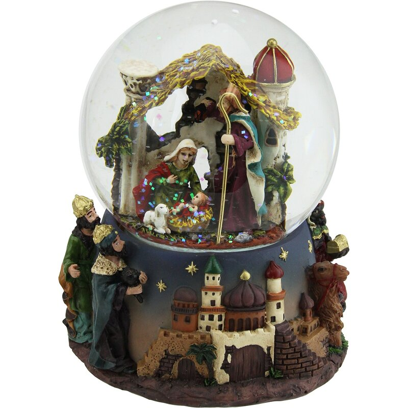 Glitter Dome with Mary, Joseph and Baby Jesus