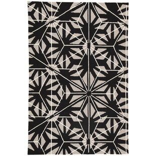 Saison Hand Hooked Cream/Black Indoor/Outdoor Area Rug by Wrought Studio Great price