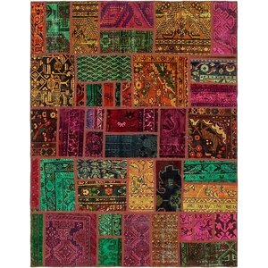 Sela Traditional Vintage Persian Hand Woven Wool Red/Green Area Rug