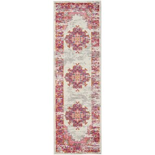 Dorset Ivory/Fuschia Indoor Area Rug