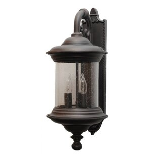 Phillipstown 3-Light Outdoor Wall lantern..