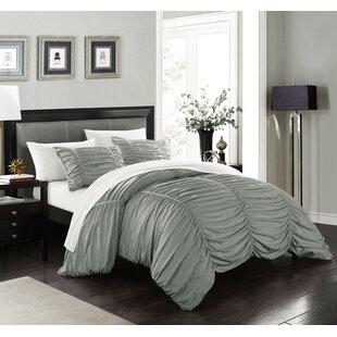 Lilyana Comforter Set