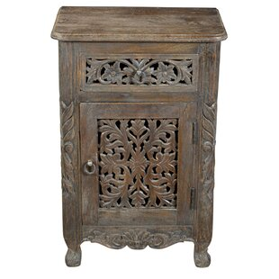 Aveliss Single Drawer Accent Chest by Bungalow Rose