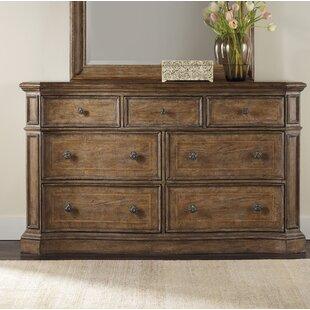 Solana 7 Drawer Dresser
