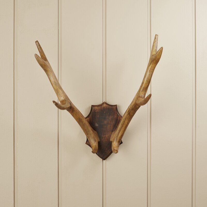Wood Antler Mount Wall Décor