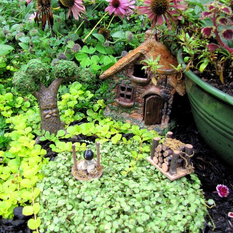 Miniature Dollhouse FAIRY GARDEN ~ Mini Resin Stone /& Flower Path Walkway