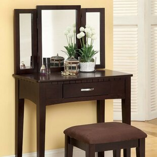 Red Barrel Studio Kommini Simply Awesome Vanity Set with Mirror