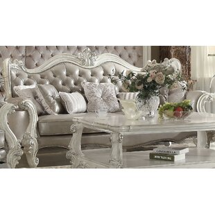 Medley Standard Sofa with 7 Pillows