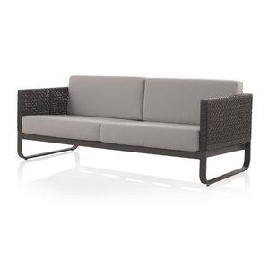Sofa mit Kissen von Geese