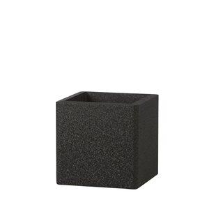 Plastic Plant Pot By IQ Dutch Design