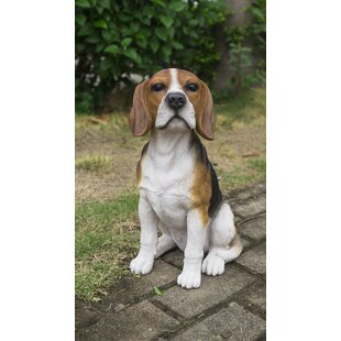 Ferree Beagle Dog Sitting Statue