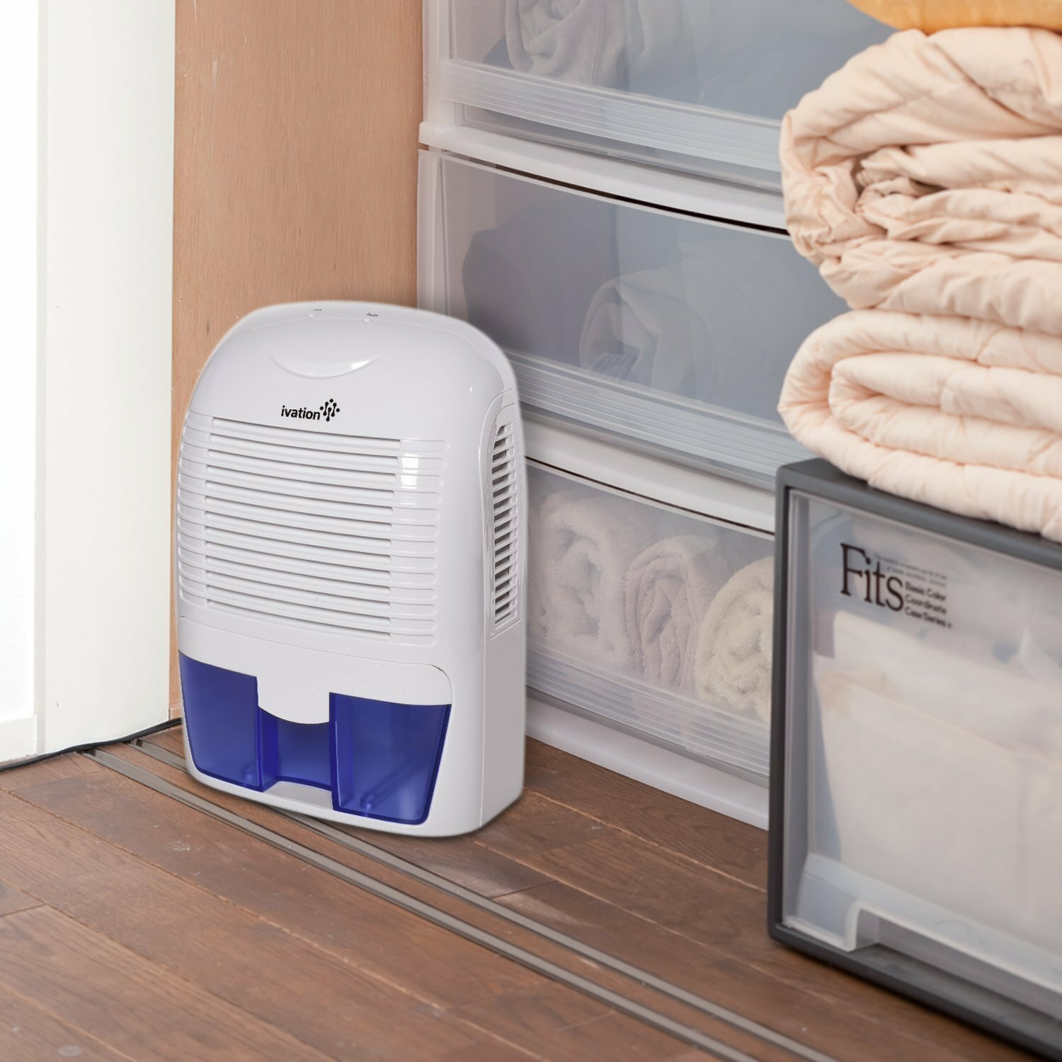 Ivation Thermo Electric 1 25 Pint 160 Sq Ft Dehumidifier