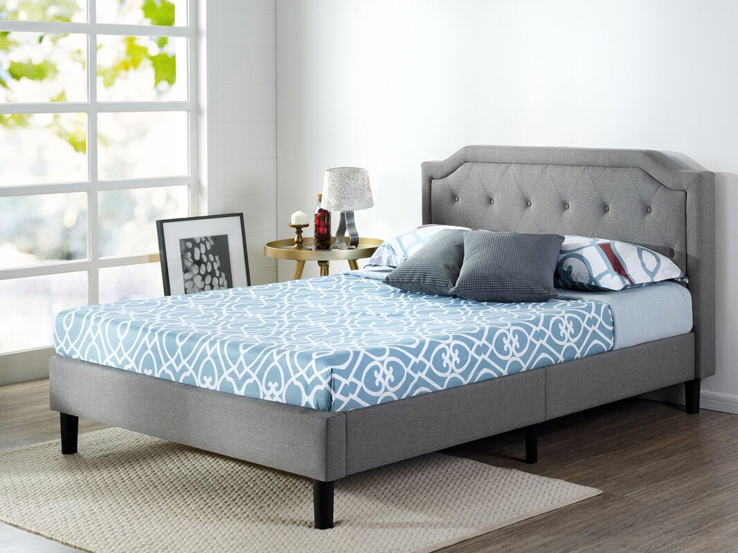 Scalloped Button Tufted Upholstered Platform Bed