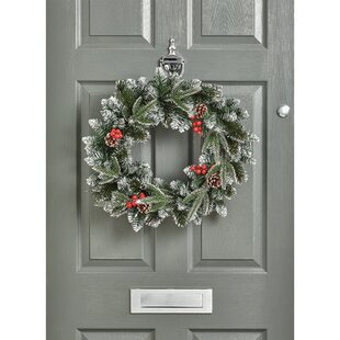 New Jersey 50cm Berry Wreath By The Seasonal Aisle