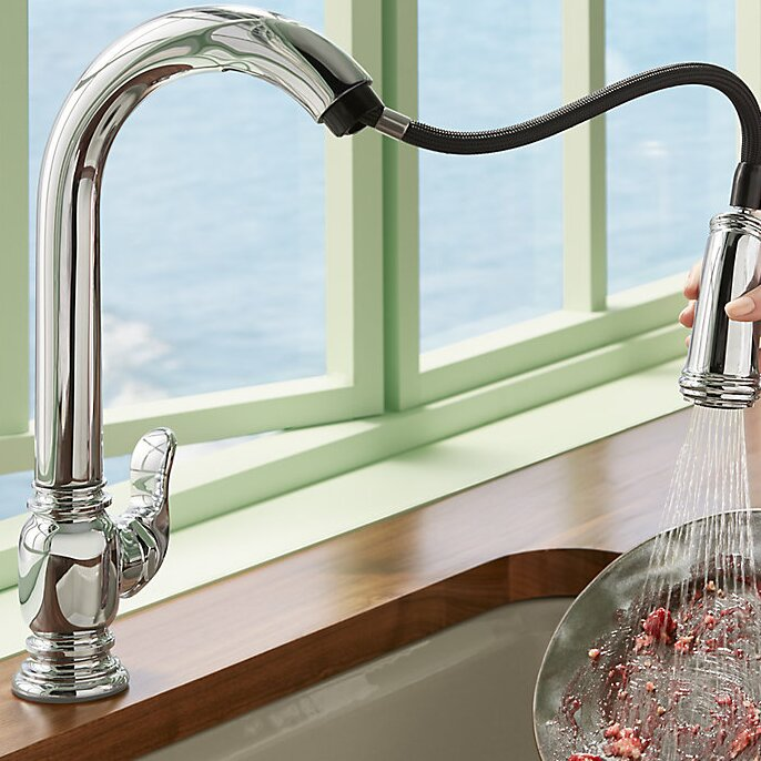 Beckon Touchless Pull-Down Kitchen Sink Faucet with DockNetik® and ProMotion™
