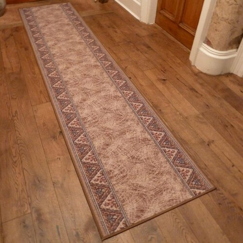 Bannister Looped/Hooked Brown Hallway Runner Rug ClassicLivi