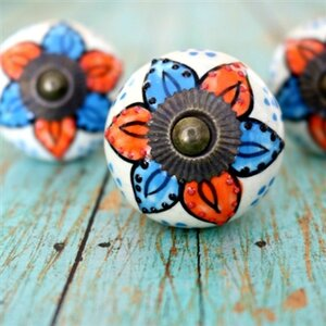 Handpainted Round Knob (Set of 2)